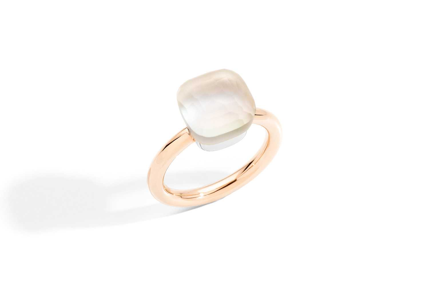 NUDO-GELE-ring-in-rose-gold-with-white-topaz-mother-of-pearl-by-Pomellato