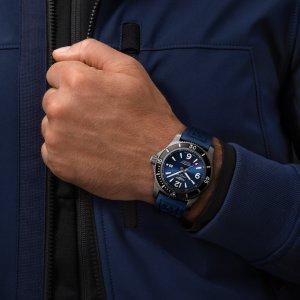 m17368d71c1s1-superocean-automatic-46-black-steel-on-wrist