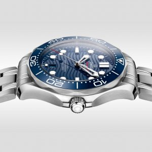 omega-seamaster-diver-300m-omega-co-axial-master-chronometer-42-mm-21030422003001-gallery-2-large