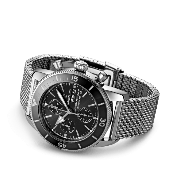 a13313121b1a1-superocean-heritage-chronograph-44-rolled-up