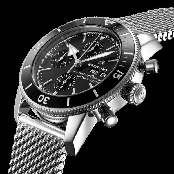 a13313121b1a1-superocean-heritage-chronograph-44-three-quarter
