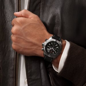 a13375101b1x2-super-avenger-chronograph-48-on-wrist