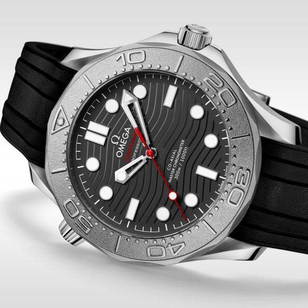 omega-seamaster-diver-300m-21032422001002-gallery-2-large