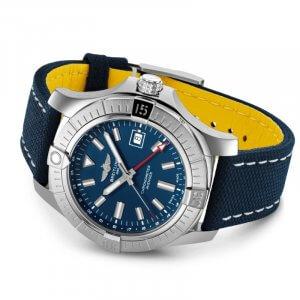 Breitling Avenger GMT 45_03-min