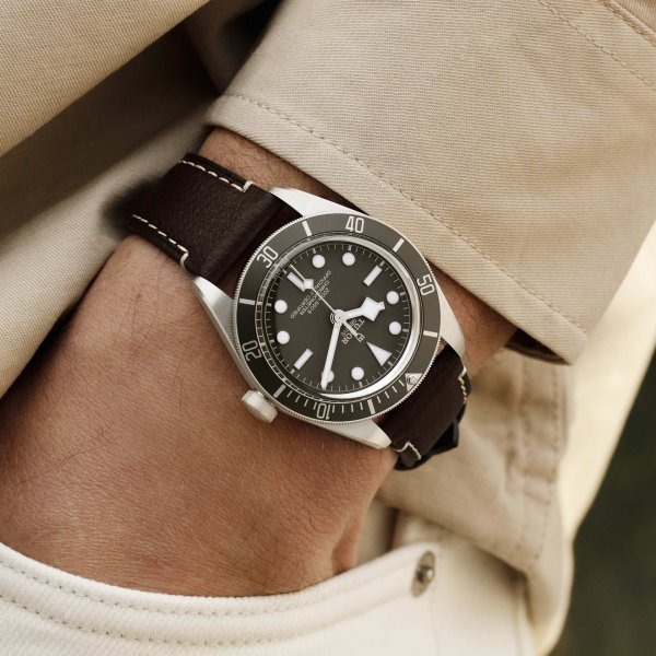 tudor-black-bay-58-925-4